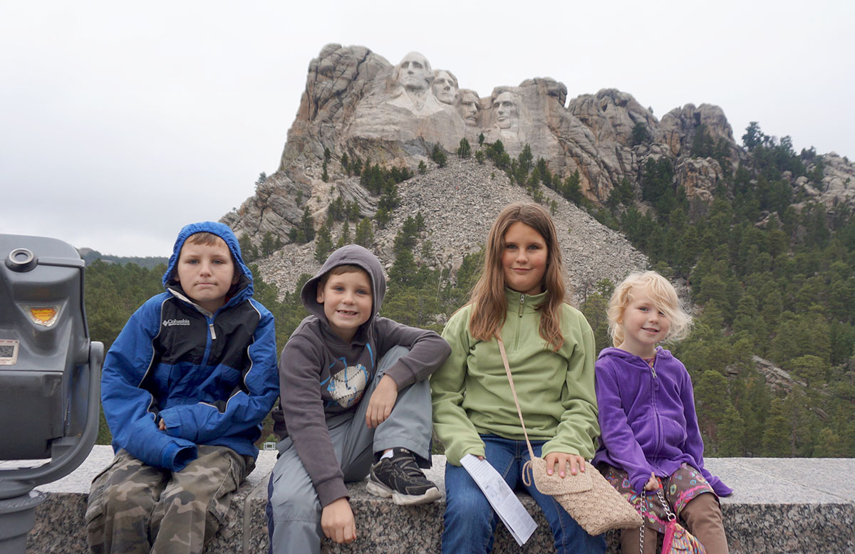 Roadschooling - Learning about Mt. Rushmore