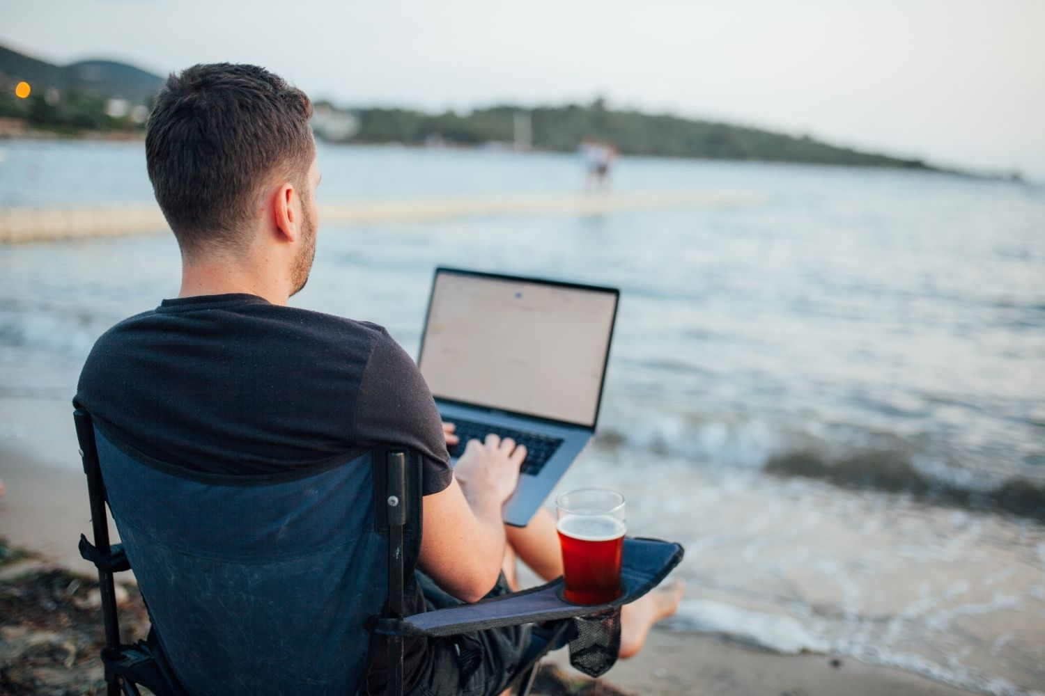 How To Start Working Remotely Even If You Don't Have Any Experience 11