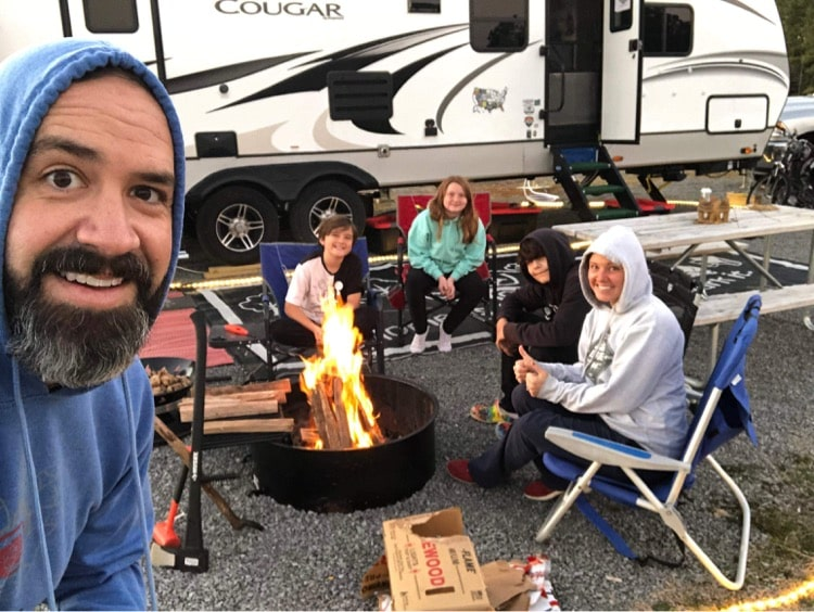 How Large Families RV, Too! 4 Examples of Thriving RVing Families 4
